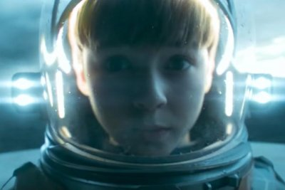 'Lost in Space' stars take on monsters in Season 2 trailer
