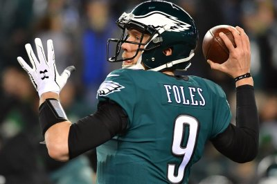 Eagles QB Foles still trying to find footing in preseason