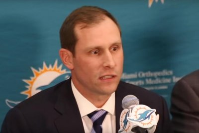 Miami Dolphins hire Adam Gase as new head coach