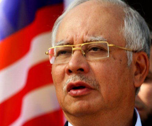Malaysian PM Razak dissolves parliament ahead of vote