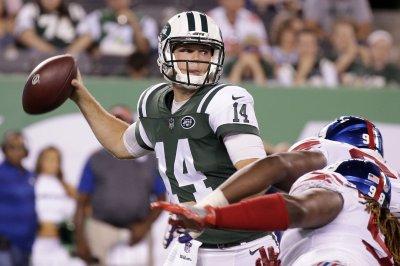 New York Giants beat New York Jets despite Darnold, Powell scores