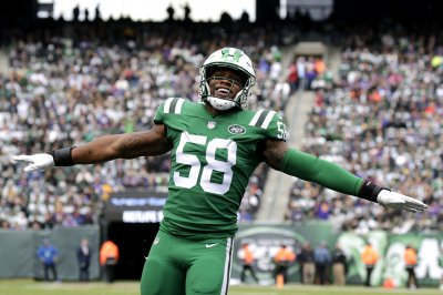 Chiefs trade for Jets LB Darron Lee