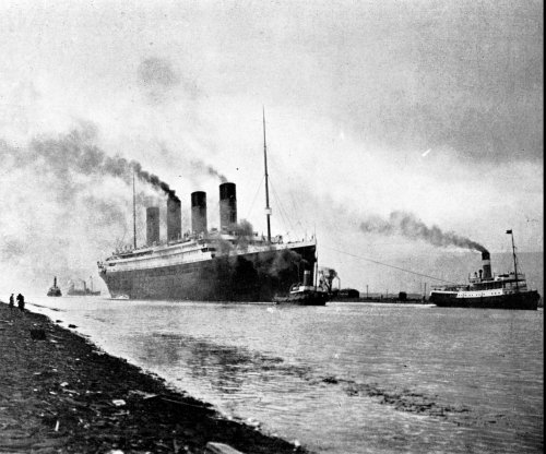 Titanic owners not worried, declare vessel unsinkable