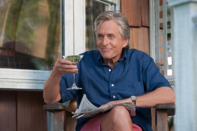 Michael Douglas says he didn't like his canine co-star in 'And So It Goes'