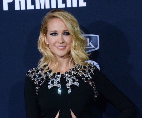 Anna Camp, Skylar Astin don't have scenes together in 'Pitch Perfect 2'