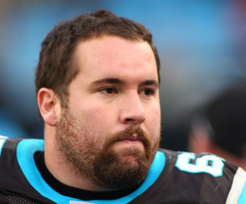 Carolina Panthers' Ryan Kalil out with sprained knee
