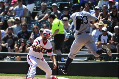 Jerry Reinsdorf gives support to front office after Adam LaRoche fallout