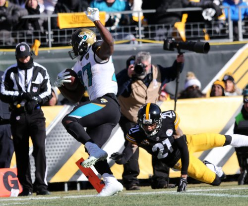 Leonard Fournette helps Jacksonville Jaguars oust Pittsburgh Steelers