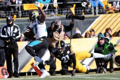 Leonard Fournette helps Jacksonville Jaguars oust Pittsburgh Steelers