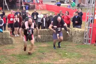 Delaware couple win North American Wife Carrying Championship