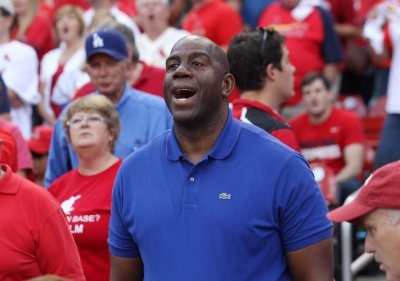 Magic Johnson says Donald Sterling 'shouldn't own a team anymore'