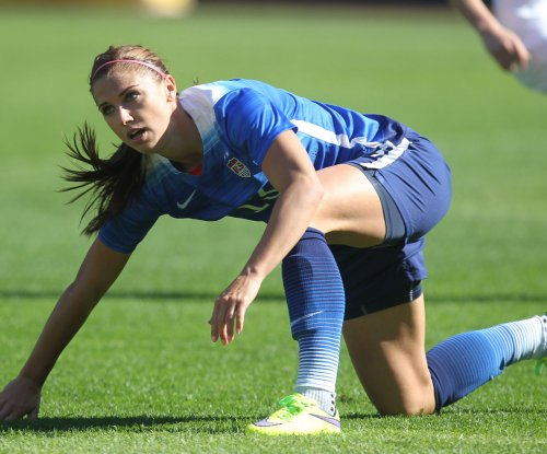 USWNT's Alex Morgan, Crystal Dunn bolt NWSL for Europe