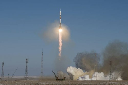 New space station crew members are en route after Sunday blastoff