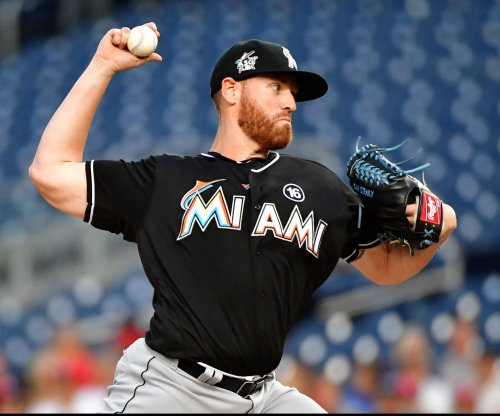Marlins look to stay clutch vs. Giants