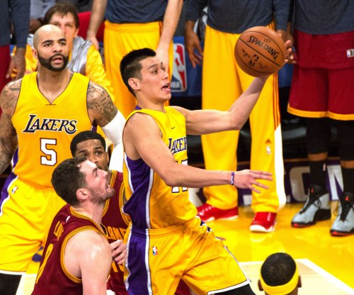 Heat host Los Angeles Lakers in Miami