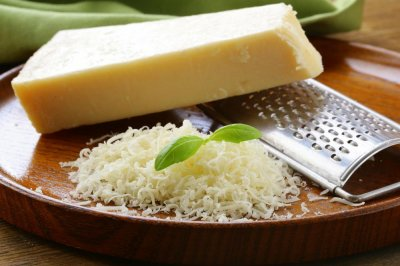 Cheese companies, executive plead guilty to mislabeling products