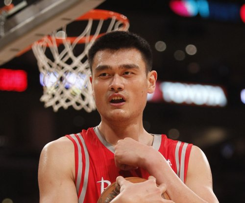 Reports: Yao Ming going into Hall of Fame