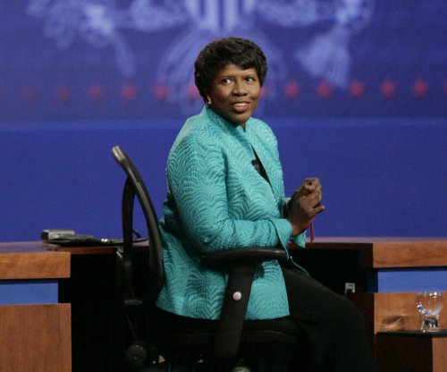 Famed PBS journalist, author Gwen Ifill dies at 61