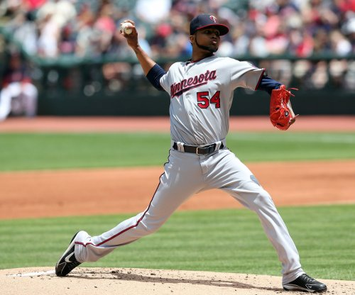 Minnesota Twins complete three-game sweep of Cleveland Indians