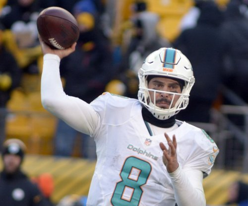 Backup QB Matt Moore rallies Miami Dolphins past New York Jets