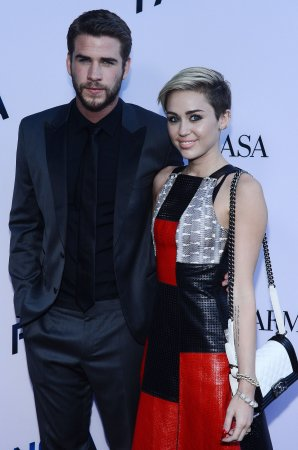 Liam Hemsworth seemingly dissed by Miley Cyrus during concert rant
