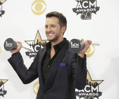 Yankee Candle set to release Luke Bryan-inspired scent