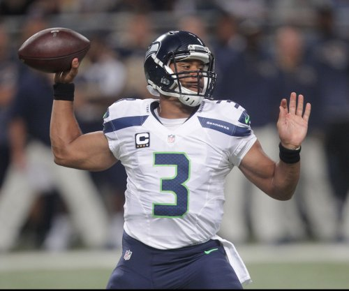 Seattle Seahawks hold off Detroit Lions for controversial win