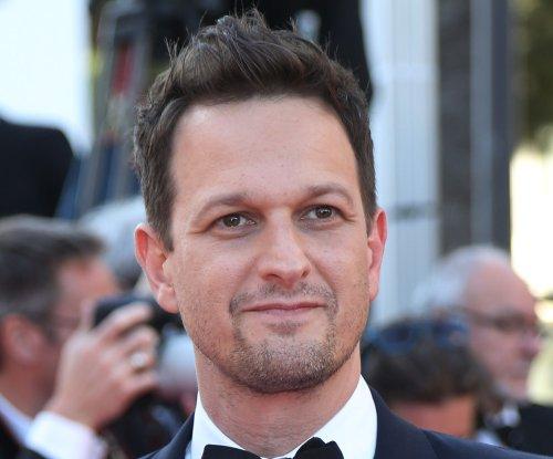 'The Good Wife' creator teases Josh Charles' return