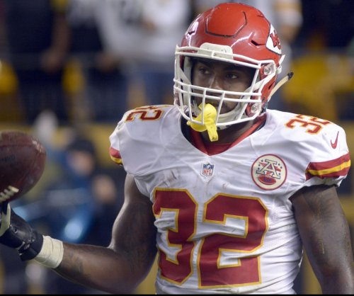 Kansas City Chiefs rule out RB Spencer Ware, turn to Charcandrick West