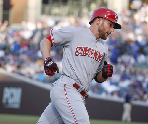Cincinnati Reds SS Zack Cozart inches ahead in NL All-Star voting