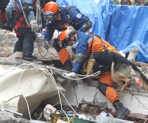 Mexico holds out hope for survivors among earthquake rubble