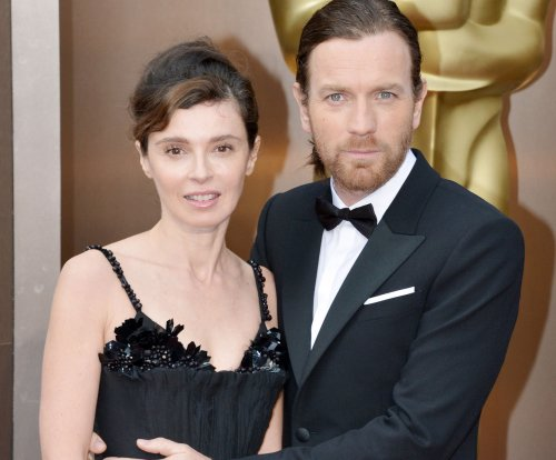 Report: Ewan McGregor and his wife Eve split up