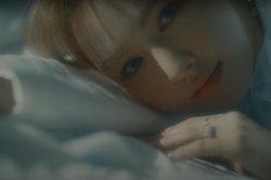 Red Velvet's Wendy teases 'Like Water' music video