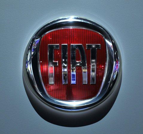 Former auto czar Ron Bloom advising Fiat