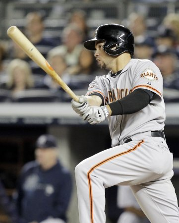 Giants sneak past the Brewers