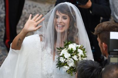 Elisabetta Canalis, Brian Perri wed in Italy