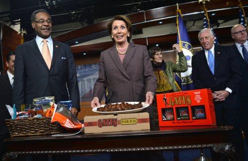 Nancy Pelosi re-elected Democratic House leader