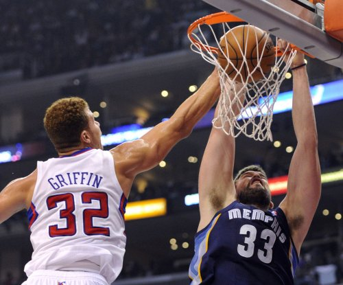 Memphis Grizzlies pound paint in rout of Clippers