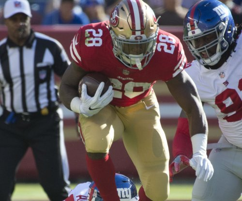 Carlos Hyde: Cleveland Browns signing running back