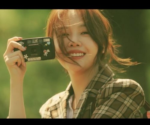 Girl's Day's Minah releases 'Butterfly' video