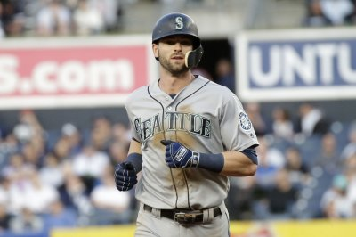 Seattle Mariners GM Jerry Dipoto: Mitch Haniger likely needs surgery