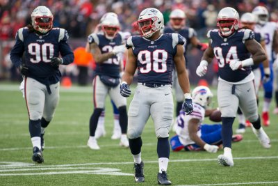 Detroit Lions to sign New England Patriots DE Trey Flowers, two more