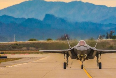 F-35 test fleet has low readiness rate, may affect aircraft's testing phase