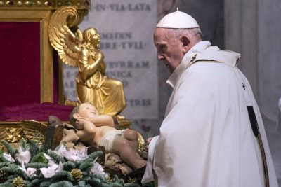 Pope Francis calls for peace in New Year's blessing