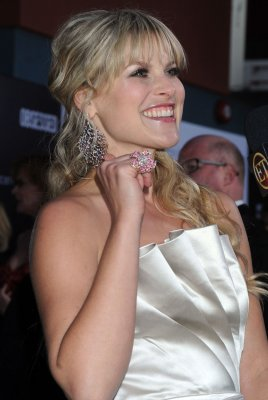 Ali Larter and Hayes MacArthur marry