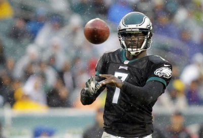 Vick back as Eagles' starting quarterback