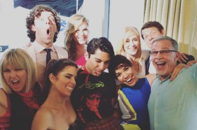 'Ugly Betty' stars reunite, suggest Hulu special