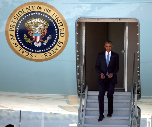 Obama downplays alleged Chinese snub as overreaction