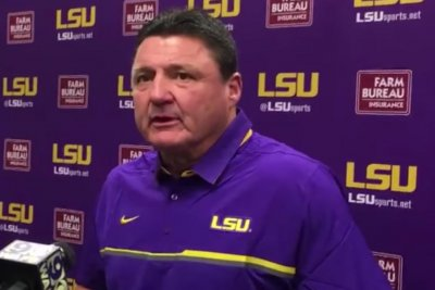 LSU Tigers Football: Players call for school to keep Ed Orgeron