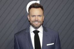 Joel McHale: 'Crime Scene Kitchen' is baking with dash of 'Forensic Files'